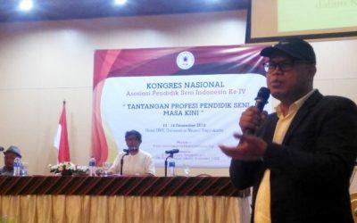 "Kadin Kebudayaan Provinsi Bali, Prof. Dr. I Wayan Kun Adnyana, M.Sn. Paparkan Materi ""Strategi Menuju Profesor Seni"""